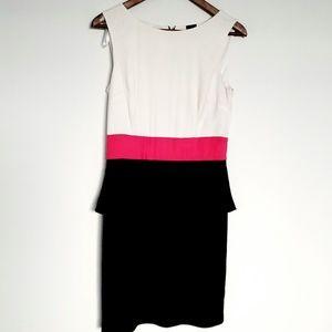 Saks Fifth Avenue Black Label Dress Size 4